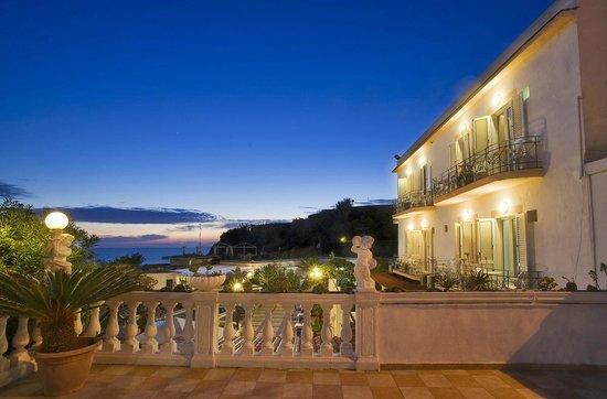 Hotel Riva del Sole照片