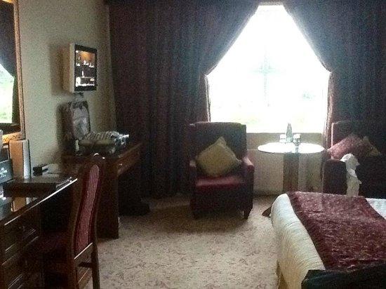 Menlo Park Hotel: comfy...