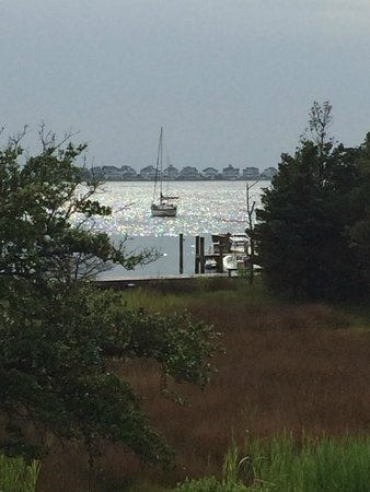 Roanoke Island Inn: View of the harbor from the breezeway.