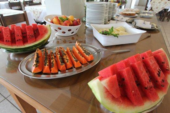 Hotel Fredy: Buffet Frutas