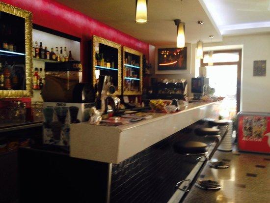 Bar Pinzone