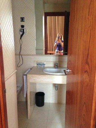 HLG CityPark Pelayo Hotel: bagno