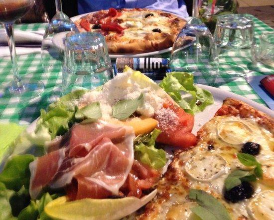 Casa Castagno: Formules mi-pizza, mi-salade très sympas !