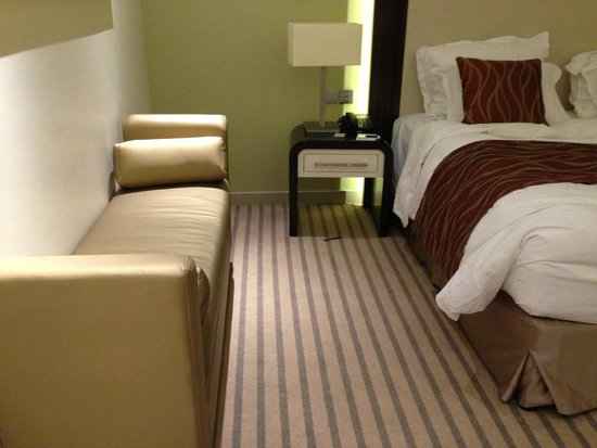 Auris Plaza Hotel: tidy and luxury rooms