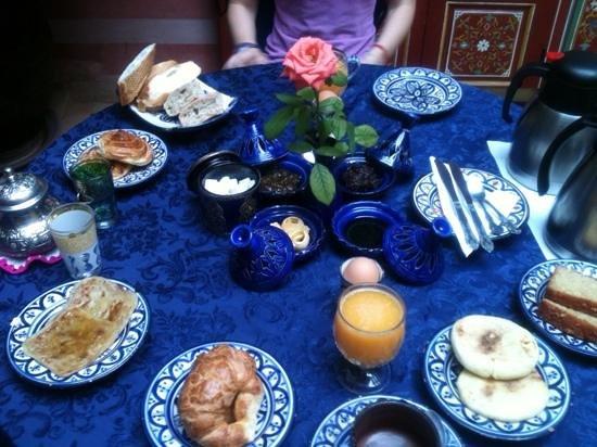Riad Bleu Du Sud: colazione