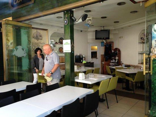 Can Oba Restaurant : inside