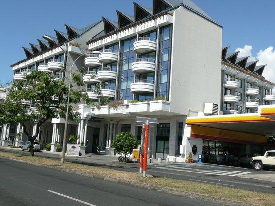 Hotel Tahiti Nui : Hôtel côté rue