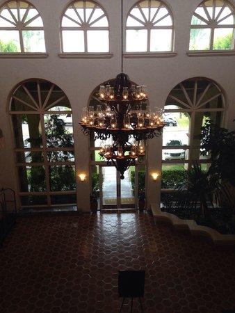 Pointe Hilton Squaw Peak Resort: Entrance