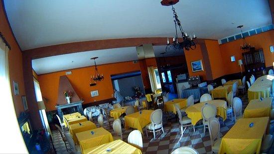 Hotel La Cima Trasimena: SALA PER LA COLAZIONE
