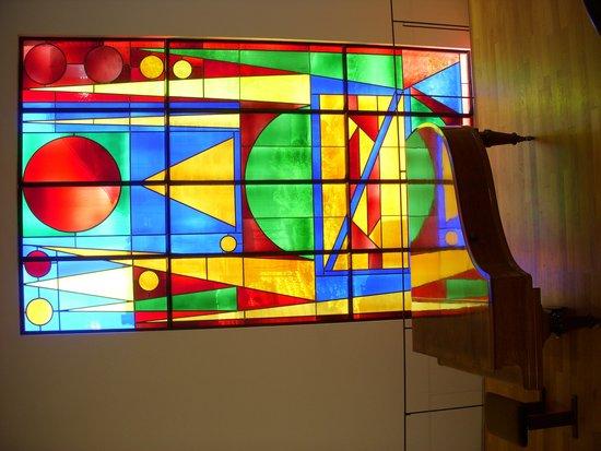 Musée Matisse : vitrail van Herbin