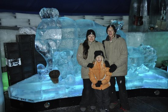 Ice Space: Ледяные скульптуры