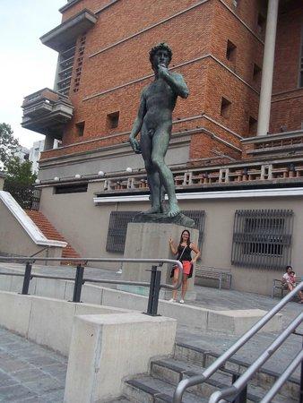 Mirador Panoramico de Montevideo: Estátua de Davi...