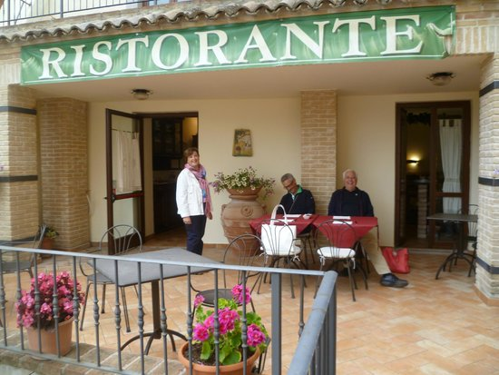 Albergo RoccaRanne : colazione in terrazza