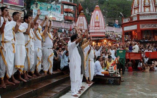 Ganga Aarti at Haridwar: Har Har Gange