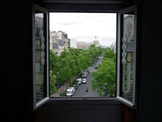 Hotel Eiffel Segur: room view