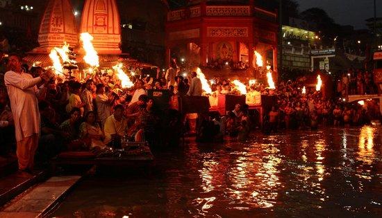 Ganga Aarti at Haridwar: Ganga Aarti at Har Ki Pouri