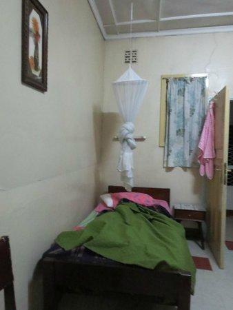 Flora Hostel : double room