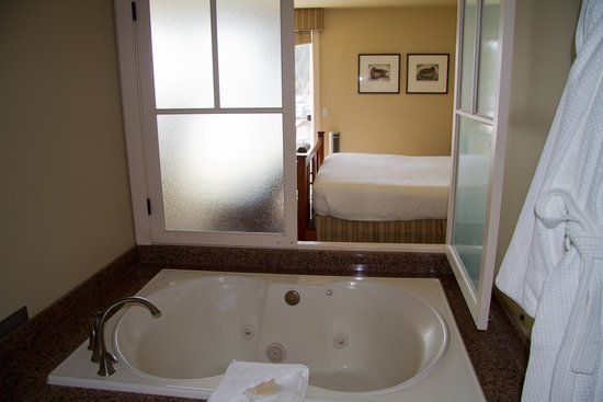 The Resort at Port Ludlow : Jetted tub