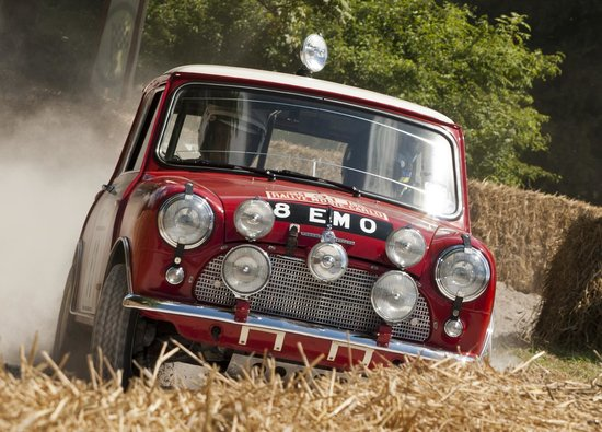 Goodwood House: classic Mini-Cooper S in the forest rally