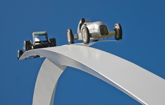 Goodwood House: the 2014 display of old and new Mercedes