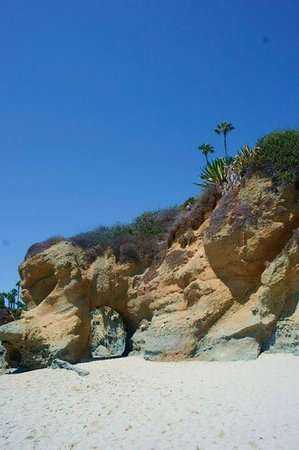 Laguna Beach: Beautiful rock formations