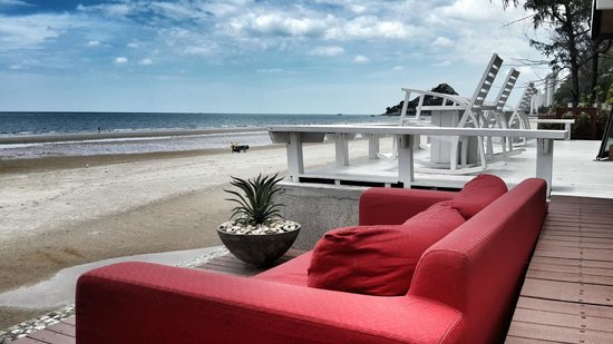 Let's Sea Hua Hin Al Fresco Resort: beach front