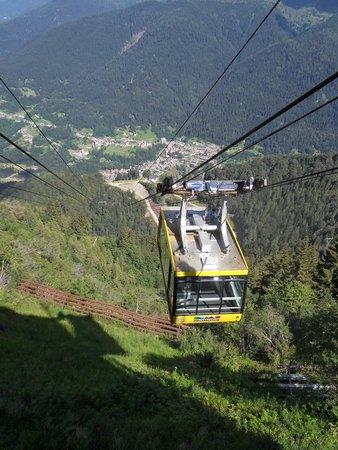 Ravascletto, อิตาลี: la funivia dello Zoncolan