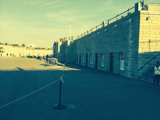 Fort Henry (Fort Henry National Historic Site) : inside the fort