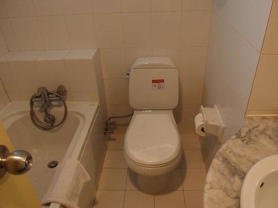 Nasa Vegas Hotel: 最可取是浴室, 比想像中乾淨
