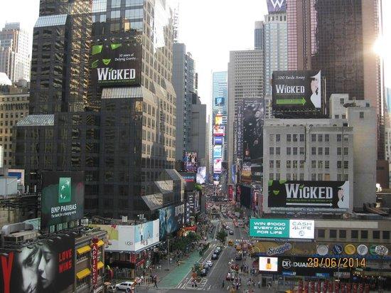Novotel New York Times Square : times square