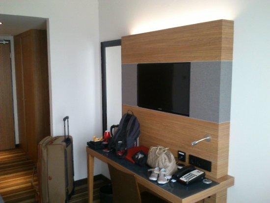 Leonardo Hotel Volklingen-Saarbrucken: chambre agréable