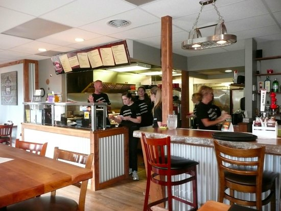 Station Bbq Smokehouse: Hive of activity in the open kitchen