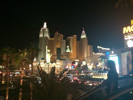 New York - New York Hotel and Casino : vu du mgm