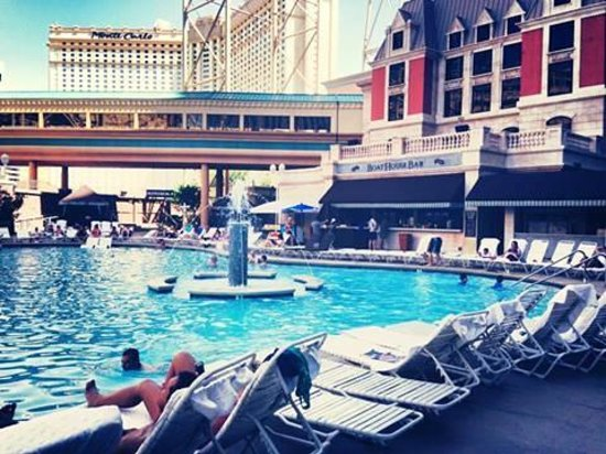 New York - New York Hotel and Casino: la piscine