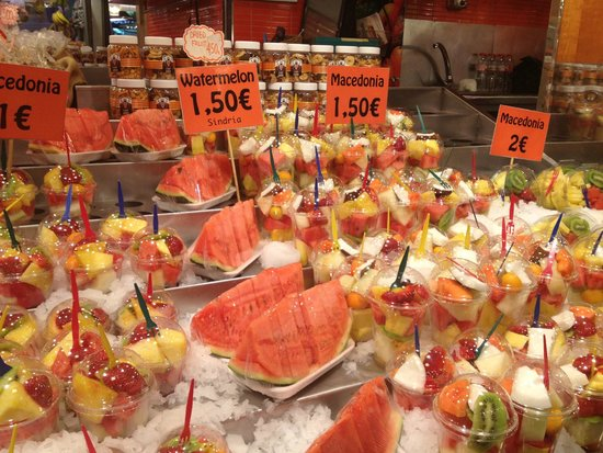 Mercado de Sant Josep de la Boqueria: Fruit and Juices