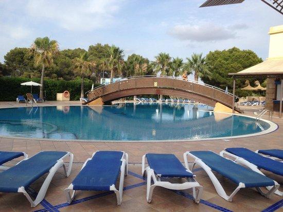 THB El Cid: Pool in back of hotel El Cid