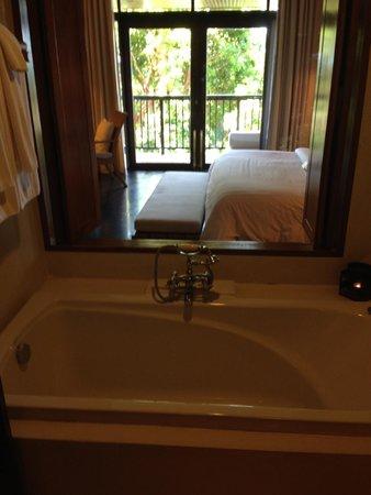 Silavadee Pool Spa Resort : バスルーム