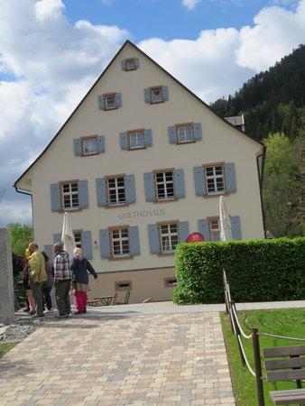 Drubba Clock & Gifts: the drubba complex