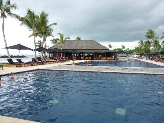 Hilton Fiji Beach Resort & Spa: Piscinas