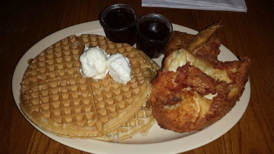 Roscoe's House of Chicken & Waffles : Chicken and Waffles