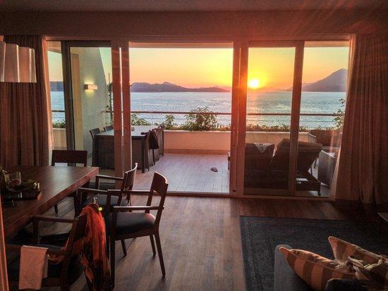 Valamar Dubrovnik President Hotel : Suite view sunset