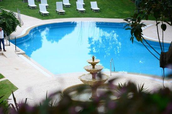 Olissippo Lapa Palace: piscina