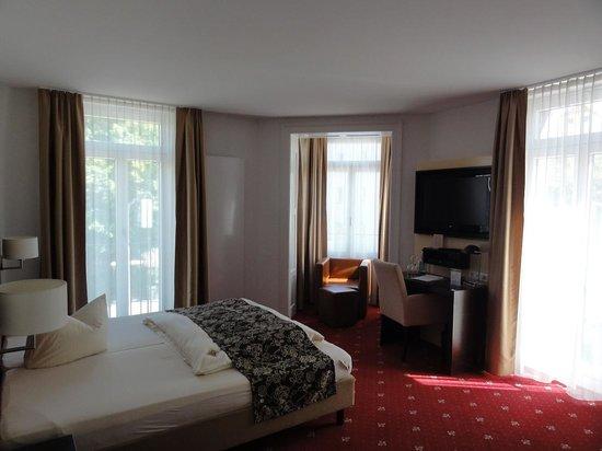 Hotel Restaurant Bärengarten: Room