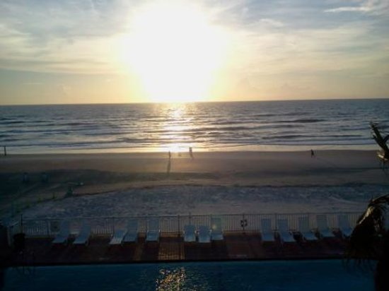 Boardwalk Inn and Suites : morning view!!