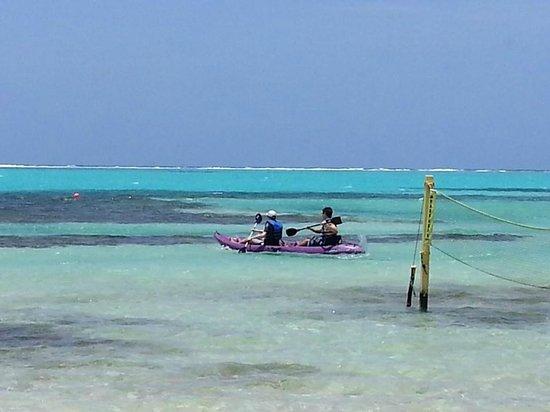 Belizean Shores Resort : Kayaking at X'tan Ha