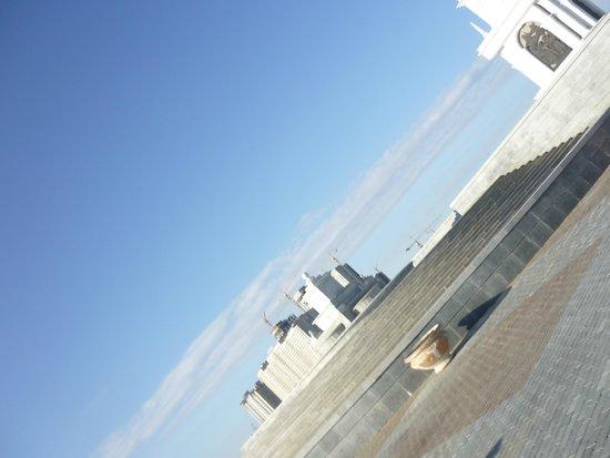 Astana Allee: Astana irgendwo in der Steppe erbaut
