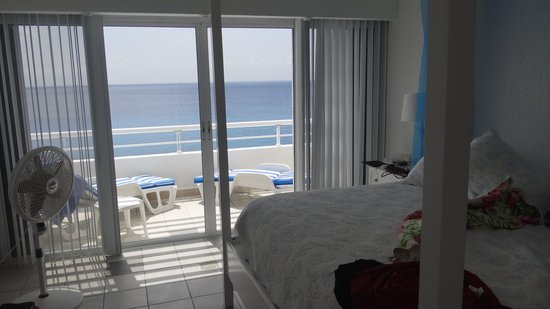 Miramar Condominiums Cozumel : Master Bedroom