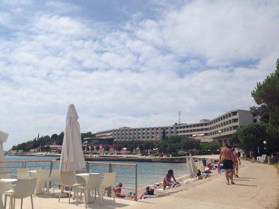 Island Hotel Istra: Hotel and beach bar