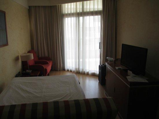 Geranios Suites & Spa Hotel: Our junior suit