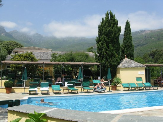 Hôtel Castel Brando : Swimming pool